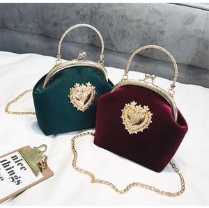 Image 2 - Female Velvet Pearl Handbag Vintage Velour Heart Design Evening Bag Wedding Party Bride Clutch Velour Bag Purse