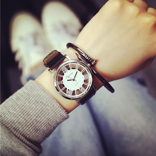 HOT selling 2017 Lover's Watch Neutral Fashion Personality Fashion Unique Hollow