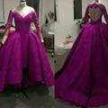 2016 Delicado Púrpura Alto Bajo Vestidos de La Celebridad con Mangas Largas Sheer Apliques de Encaje Balón vestido Formal Vestido de la Alfombra Roja