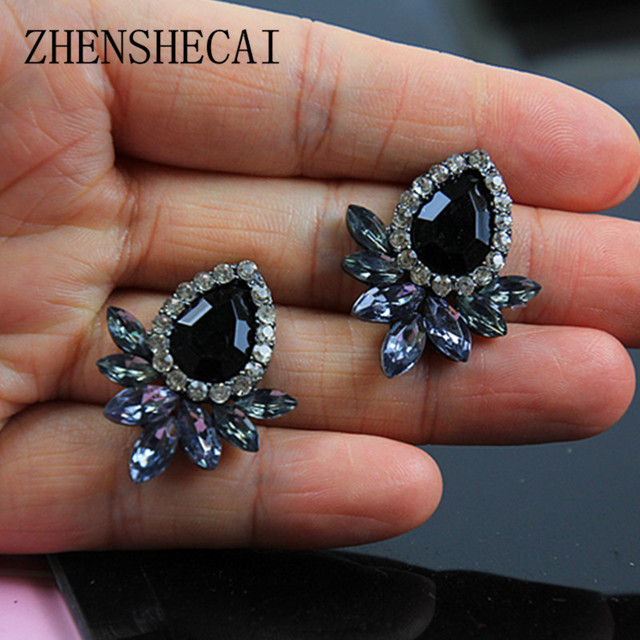 New Women's Fashion Earrings Rhinestone Gray/Pink Glass Black Resin Sweet Metal with Gems Ear Stud Earrings For Women e0139