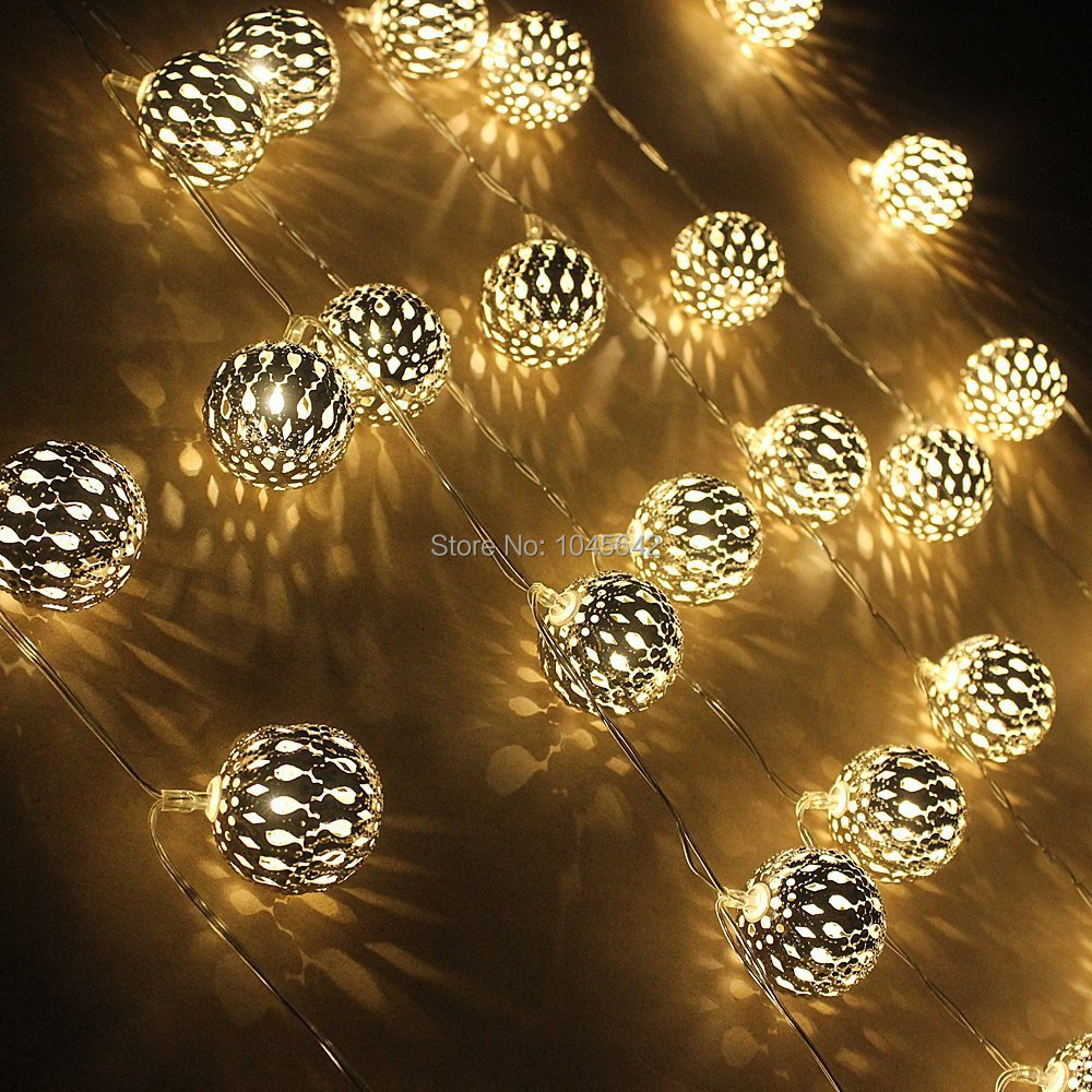 led metal fairy light with 4cm gold ball ambiance