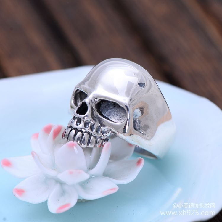 Black silver wholesale S925 sterling silver jewelry retro simple smooth skull head men's ring купить в Москве 2019