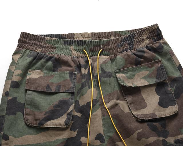 2019 High Quality Fashion Camoflage Shorts Men's Straight Casual Shorts Men Hip Hop Loose Shorts Multiple Pockets Outdoor Shorts