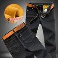Большой размер Мужчины Зима Руно Толстые теплые Джинсы Новый Мужской Моды Прямые Тонкий Джинсовые брюки Черные Джинсы Длинные Джинсы