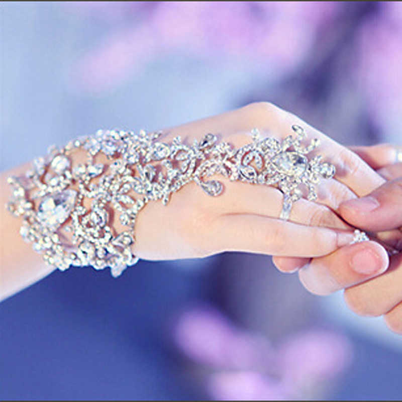 Luxury Elegant Crystal Rhinestones Bridal Gloves Bracelet Wedding Glove Bride Party Prom Jewelry Wristband Glove Hot Selling