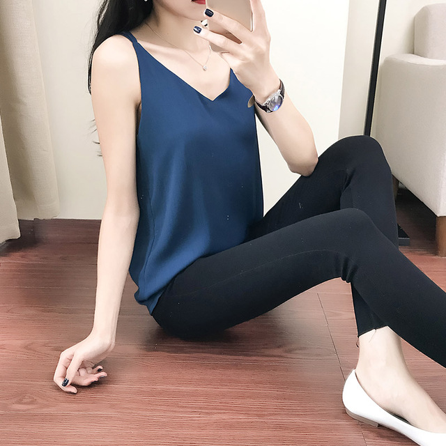 New Summer Chiffon Tank Top Women 2018 Sleeveless Shirt Sexy V-Neck Cami Loose Casual Female Tops Vest Ladies Black Blue T83220A