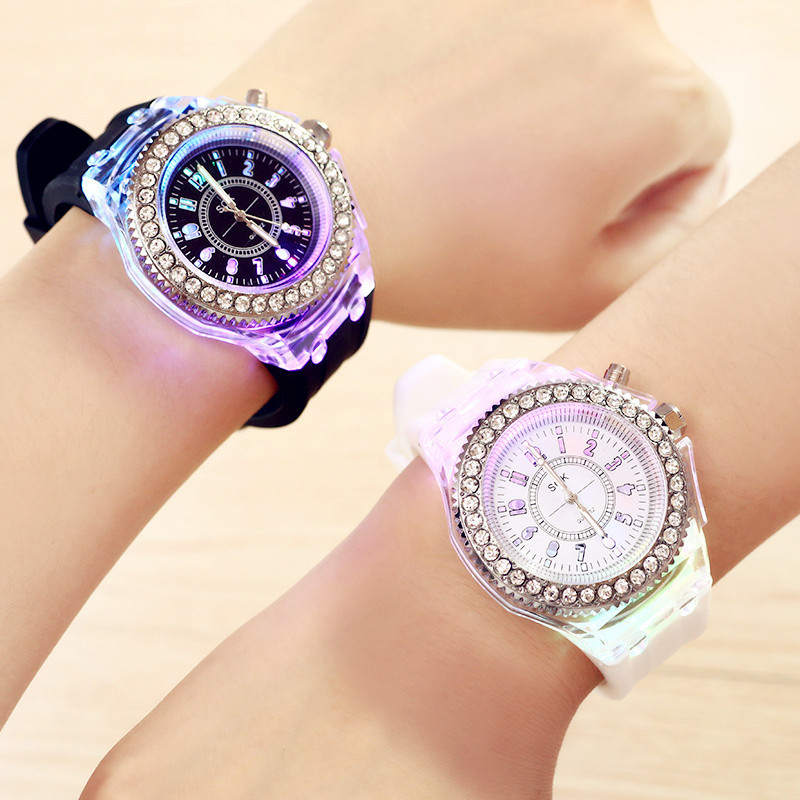 Children's Watch Cool Student Luminous Kids Watches Colorful Color Llluminate Boy Girl Wristwatch Child Quartz Clock Christmas B
