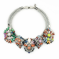 Layered Rope Chain Colorful Floral Cluster Statement Necklace Bohemian Jewelry Women Chunky Necklace Costume Accessories