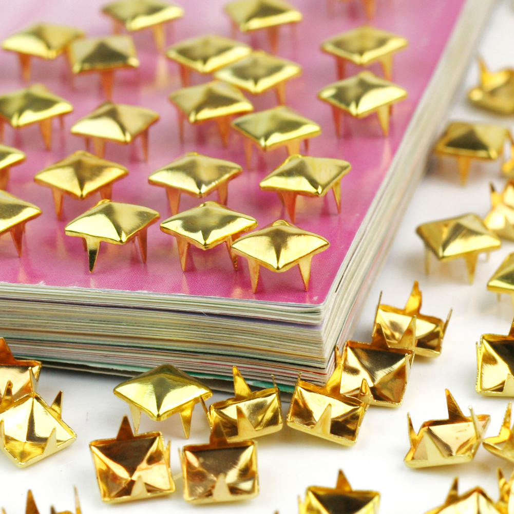New Design 100Pcs Pyramid Metal Gold Studs Spikes Spots Nailheads 8mm Square Leather Craft Clothes Decorative Supplies