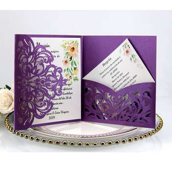100pcs European Laser Cut Wedding Invitations Card Square Tri-Fold Lace Business Greeting Cards Wedding Party Favors Decoration