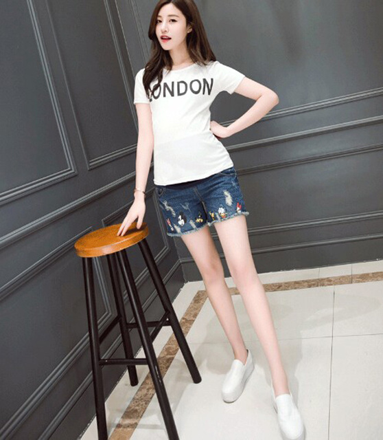 Maternity Shorts Summer New Korean Fashion Pants For Pregnant Women Care Belly Outwear Cartoon Maternity Short Shorts