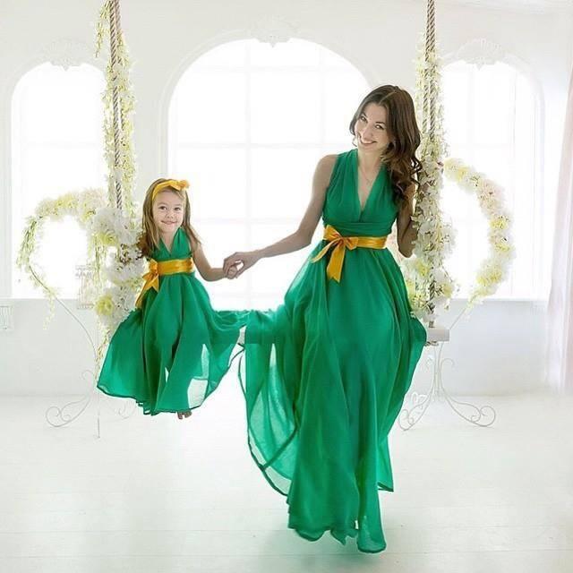 2016 Green Mother Daughter Matching Dress Halter Off The Shoulder Long Chiffon Beach Evening Dresses For