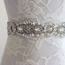Evening Crystal Belt Pearl