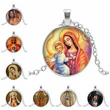 2019 New Believers Christian Virgin Mary Convex Round Pendant Photo Glass Dome Jewelry Necklace Wholesale