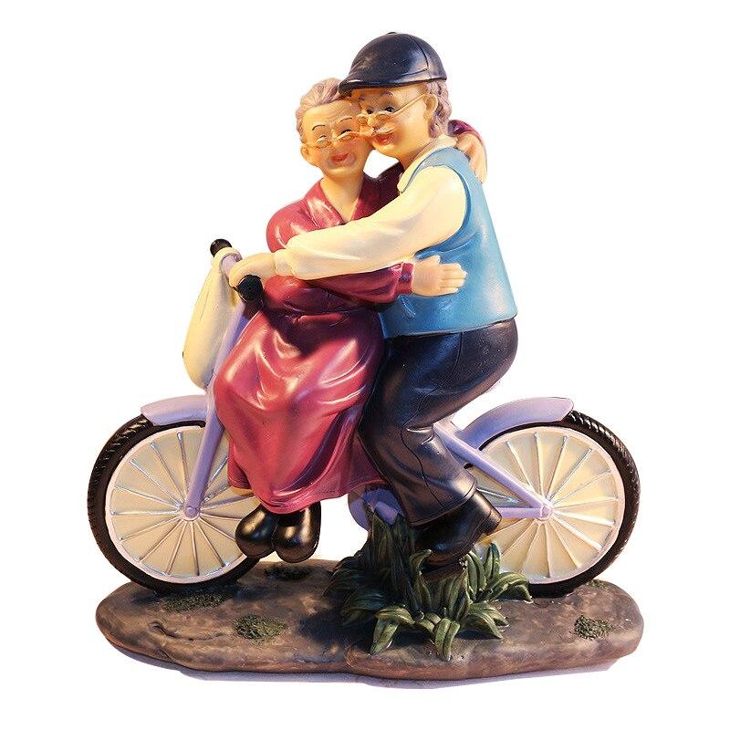 Résine créative Figure vélo ornements bureau artisanat dessin animé vieux Parents Figurine décor à la maison accessoires mariage anniversaire cadeaux