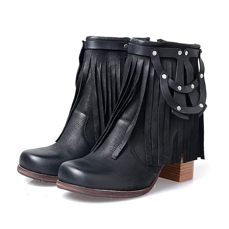 Sizes 35-43 Available in other color Black booties  black leather heels  black leather booties  boho shoes  fall shoes women Rain Kiss