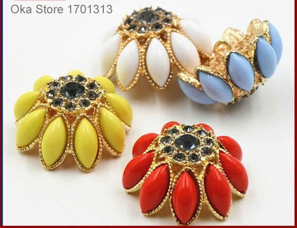 clearance 1pc 32mm Rhinestone Flower Fur buttons High grade Coat diamond button red blue yellow white decorative sewing buttons
