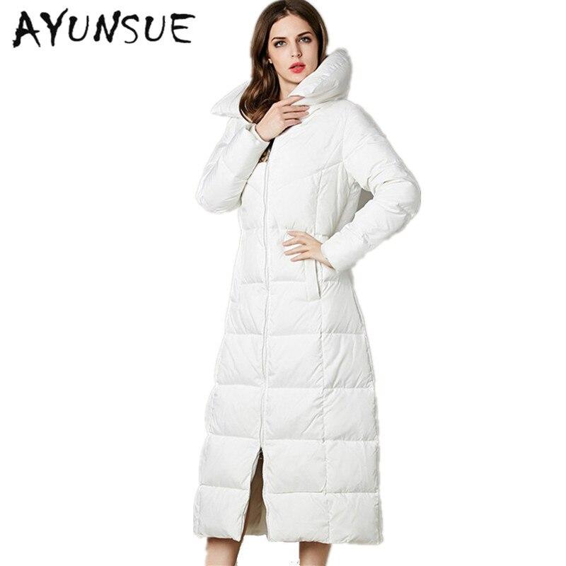 2018 Euro-Star Fashion Parka Winter Coat Women Thick Long White Goose Down  Jacket Parkas For Women Winter Warm Jacket CP0141 7a6358f16