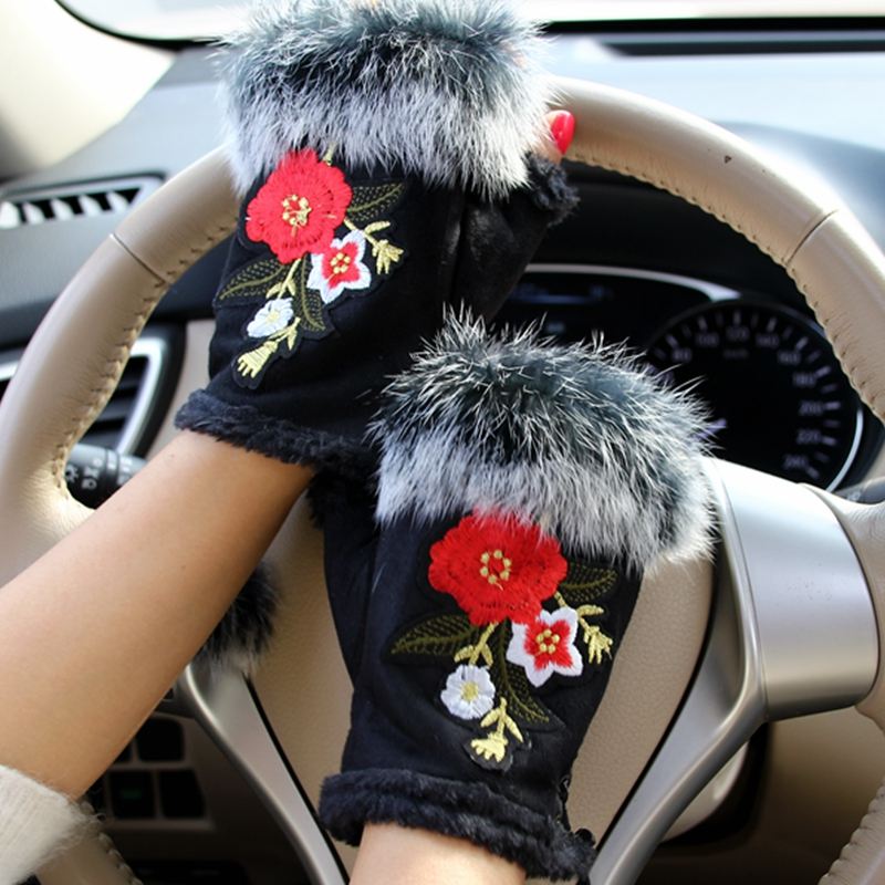 2018 Winter Gloves Women Ethnic Style Embroidery Chinese Flower Fur Gloves Suede Half Finger Female Gloves Girls Mittens