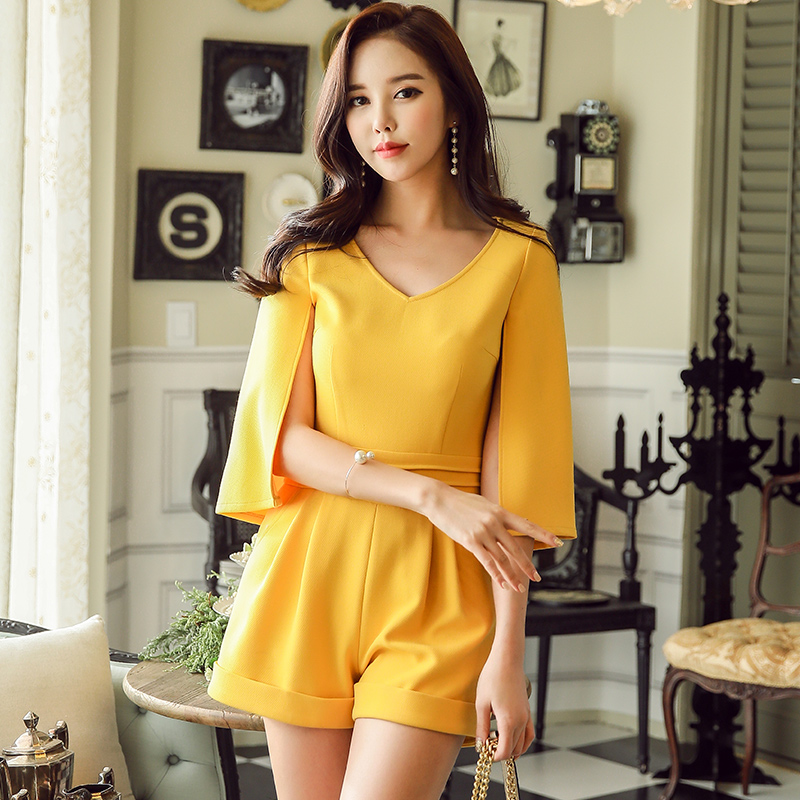 Dabuwawa Spring Summer New Yellow Elegant V neck Playsuits Women Ladies Jumpsuits Shawl Rompers Overalls D18AJP024