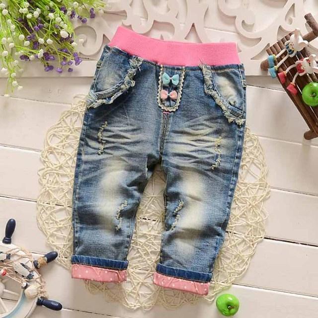 2017 Nuevo Clásico del Otoño Del Resorte de los Bebés Suave Jeans Moda Pantalones pantalones vaqueros de Los Niños del Bebé Pantalones de Mezclilla Suave 0-2Y