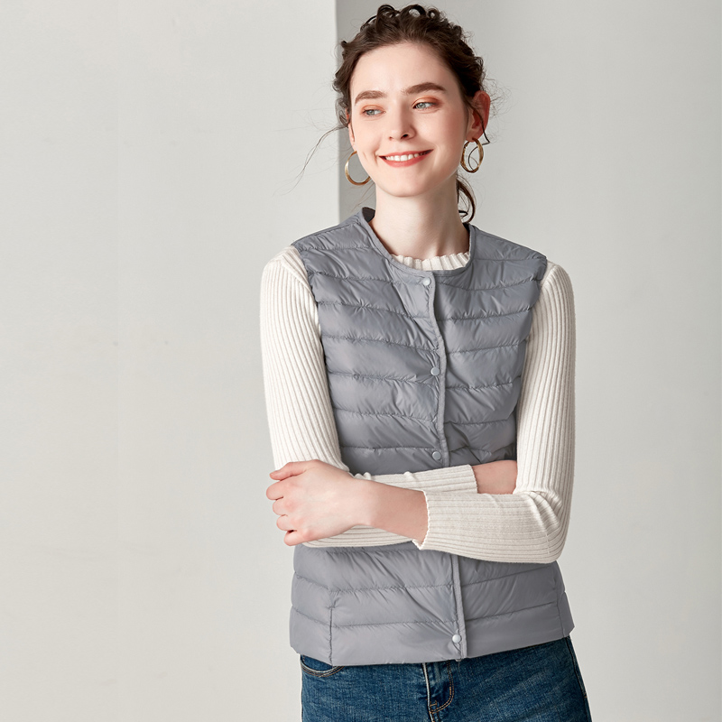 New Causal Women White Duck Down Vest Ultra Light Vest Jacket Winter Weightless Round Collar Sleeveless Coat