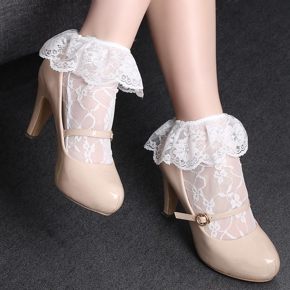 1Pair Fashion Women Transparent Princess Lace Short Loose Elastic Ultrathin Hollow   Socks   Cute Casual Spring Summer