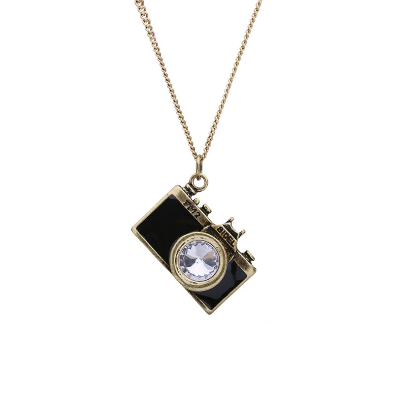 SHUANGR Vintage Camera Pendant Necklace Unique Design Personality Necklace Jewelry For Women Sweater Chain