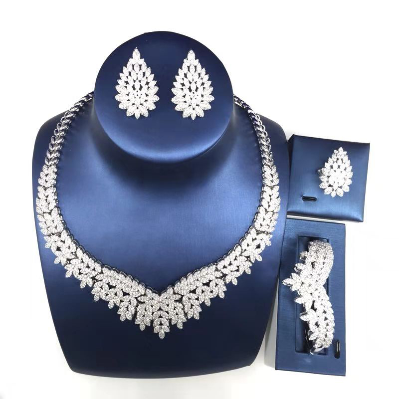 Nankiya New Brilliant 2018 Trendy Leaves Shape Saudi Jewellery Set Tiny Cubic Zircon 4PCS Set For