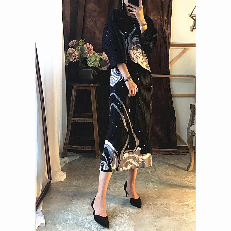 Miyake Fold autumn new female printed long dress Korean slim Maxi Dress pleated dresses free shipping