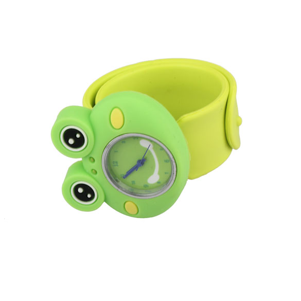 Children Green Frog Watches Boy Girl Quartz Watch Slap Cartoon Watch Cute Slap Silicone Band Watches for Kids Smile new cartoon children watch girl watches fashion boy kids student cute leather sports analog wrist watches relojes k519