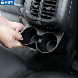 Image 4 - MOPAI ABS Auto Innen Hinten Sitz Armlehne Getränke Tasse Halter Dekoration Abdeckung Aufkleber für Jeep Cherokee 2014 Up Auto Styling