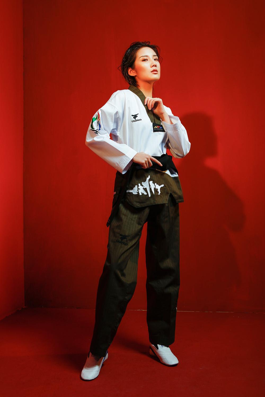 New Flower fire Taekwondo uniform adult Tae kwon do road men and women long-sleeved Taekwondo Stitching doboks martial arts tkd tae kwon do korea v neck adult taekwondo master uniform for poomsae