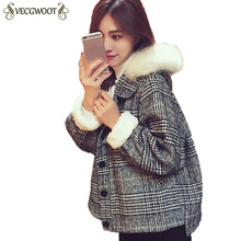 Short Woolen Coats Women Winter 2019 Plaid Loose Coats Long sleeve Hooded Fur collar Thick Woolen Jacket Female Outwear HP154(China)