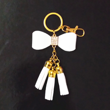 New Style Gold chains Tassel Key Ring Leather Tassel Key Chain Bowknot Tassel Keychains Women Carabiner Bag Charming Pendant
