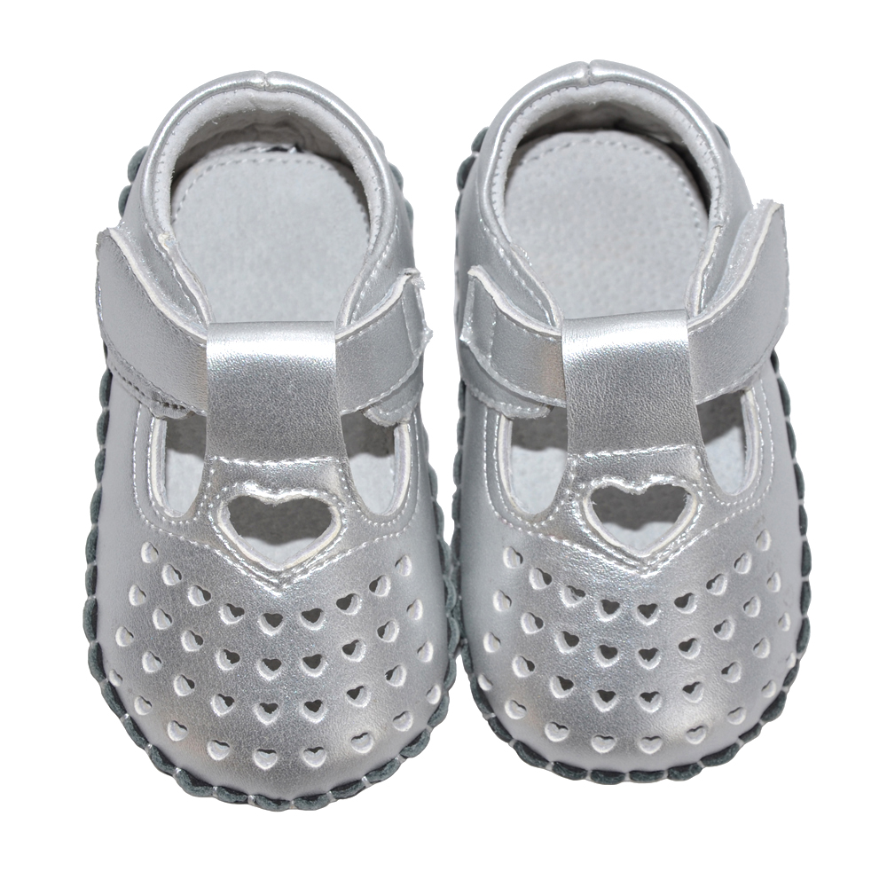 Baby Girls Shoes Genuine Leather T-strap Soft Sole Toddler Shoes Crib Shoe White Silver Bebe Zapato Heart Cutouts Indoor Outdoor
