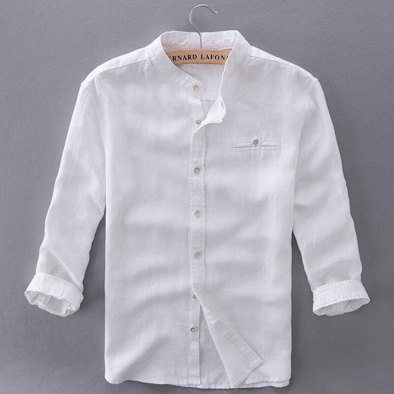ea2a70cace7 Новая Мужская льняная рубашка тонкий три четверти рукава льна мужчины  рубашка Повседневная белая рубашка mens solid Фирменные футболки мужские  Camisa купить ...