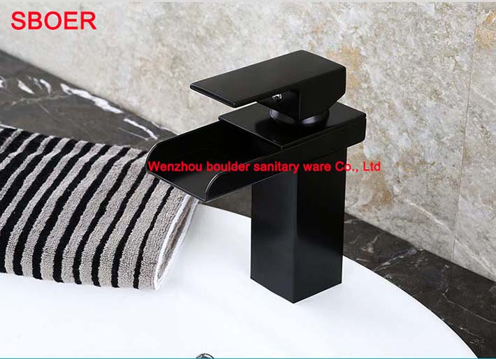 Zwarte Kraan Toilet : Vierkante vorm hedendaagse zwarte olie gewreven brons enkel handvat
