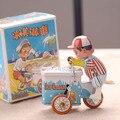 Clásico Tinwork Helado Niño Vendedor de Juguetes de Colección Hecha A Mano Wind Up Toys Walking Man Juguetes de Hojalata Decoración Escaparate