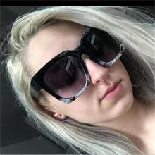 2020 New Fashion Frame Gradient Sunglasses Women cute 90s Luxury Brand Designer Ladies Large Oversized Square Sunglasses Unisex