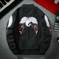 2018 Spring Embroidery Bomber Jacket Men Women Wing Crane Harajuku Baseball Couple Jacket Japan Fashion Casual Streetwear Coat