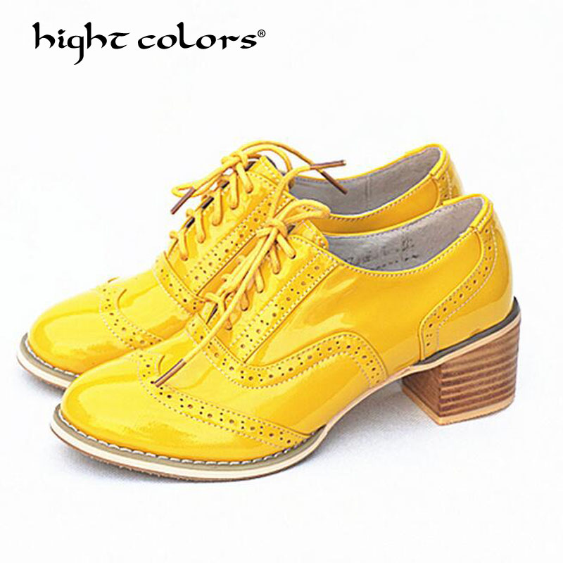hight colors Brand Spring Women Platform Shoes Brogue Patent Leather Woman Flats Yellow lace-up Flat Oxford Shoes For Women F04 qmn women genuine leather platform flats women laser cut patent leather brogue shoes woman oxfords lace up leisure shoes 34 39