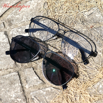 2ad7abf4b6 Alemania único No diseño de tornillo fotocromáticos lentes bifocales gafas  de lectura hombres miopía gafas para hombre gafas dioptrías 1,0-3,0