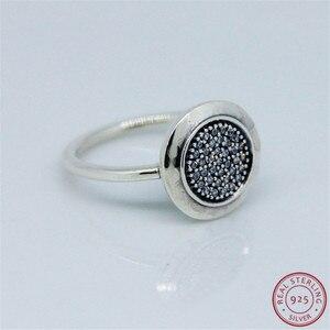 Image 2 - 925 prata esterlina clássico assinatura anéis de instrução para mulher jóias característica central brilhante disco pave conjunto claro cz flr021