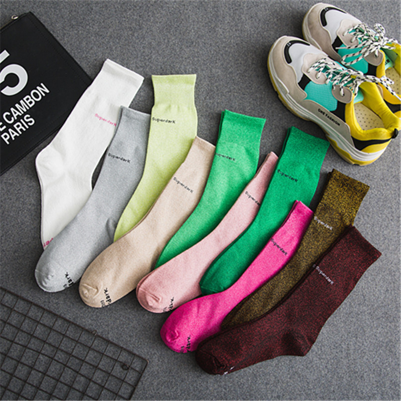 Nuevo tubo de la manera mujeres calcetines cebolla plata letras calle marea personalidad color montones de calcetines independiente F12002