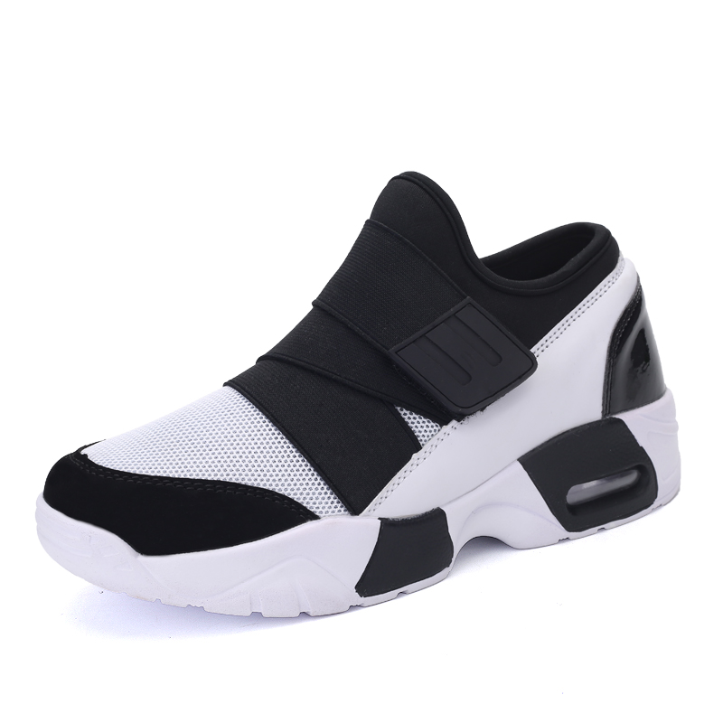 2017 Best Selling Men Running ShoesSummer Barefoot Shoes Slip On Mens Trainers Black Red Run Shoes Sport Walking Trainers Cheap