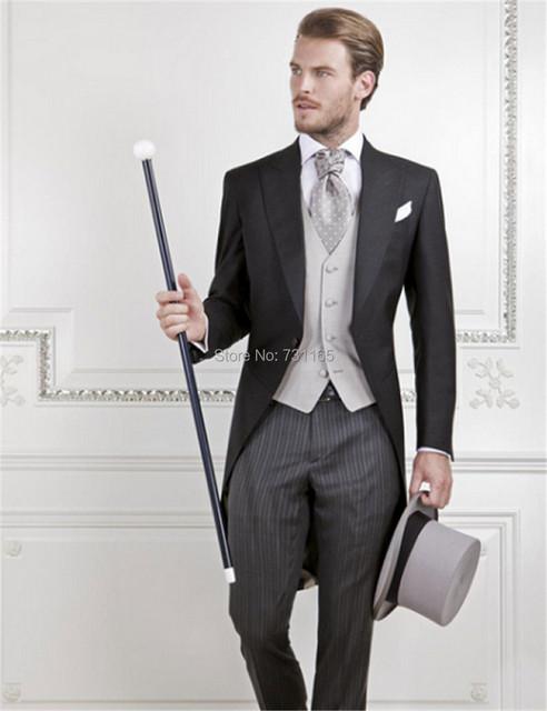 Hombres Frac 3 Unidades Traje últimos diseños bragas de la capa Trajes Padrinos de boda Por Encargo de La Boda slim fit blazer