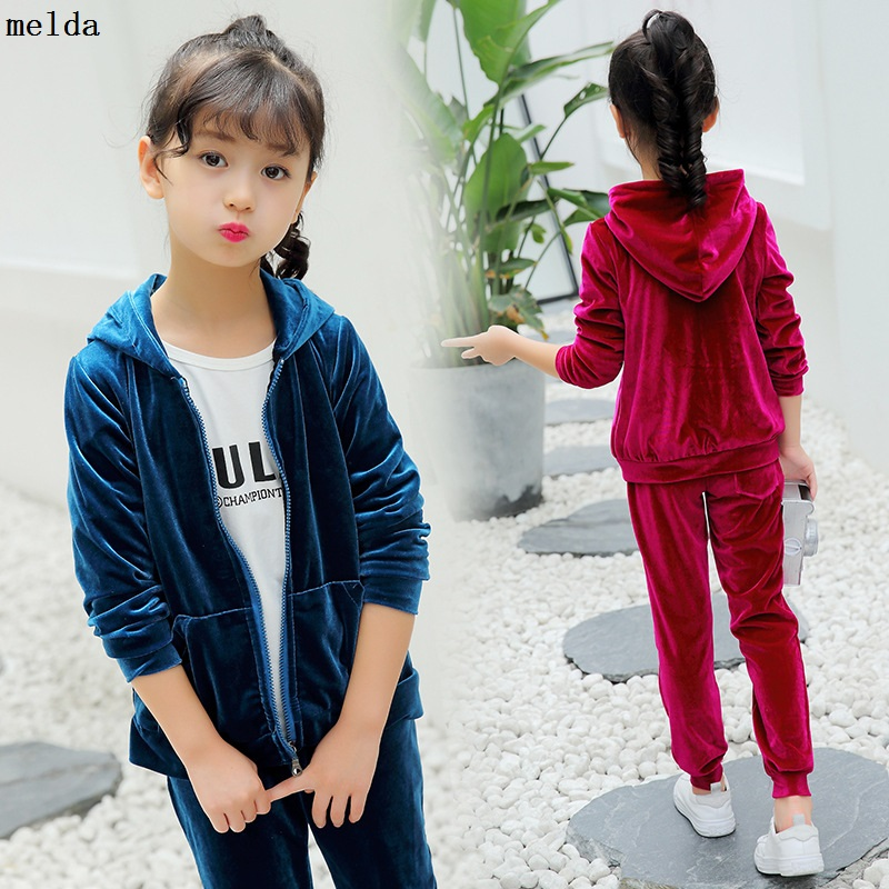 New Girls Sports Suits Children Clothing Girls Autumn Sets Little Girls Velvet 2 Pieces Suit For Kids Spring Hooded Tracksuits retail 2pcs brand new design girls clothing sets for kids autumn tracksuit for girls velvet jacket pants children sport suit