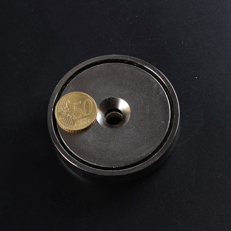 Flat mounting magnet with a tapered hole, Permanent strong neodymium magnet pot, 190KGS pulling force dia 75mm salvage equipment 1piece 164kg magnetic pull force neodymium recovery fishing detecting magnet pot with a eyebolt antenna magnetic mounting base