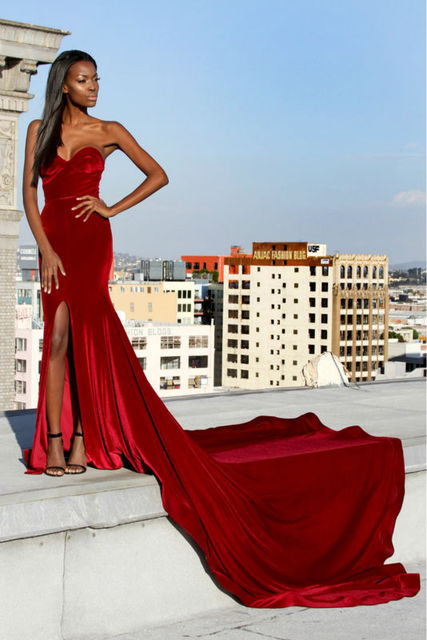 292458aa8b0 Red Velvet Mermaid Prom Dresses 2017 Sweetheart Sexy Split Long Train  Elegeant Evening Party Dress Prom Gowns Simple Custom Made